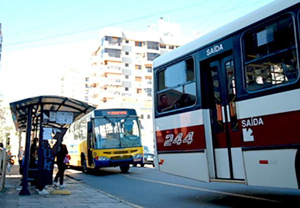 Mais uma caso de furto é registrado em ponto de ônibus no Centro de Bento