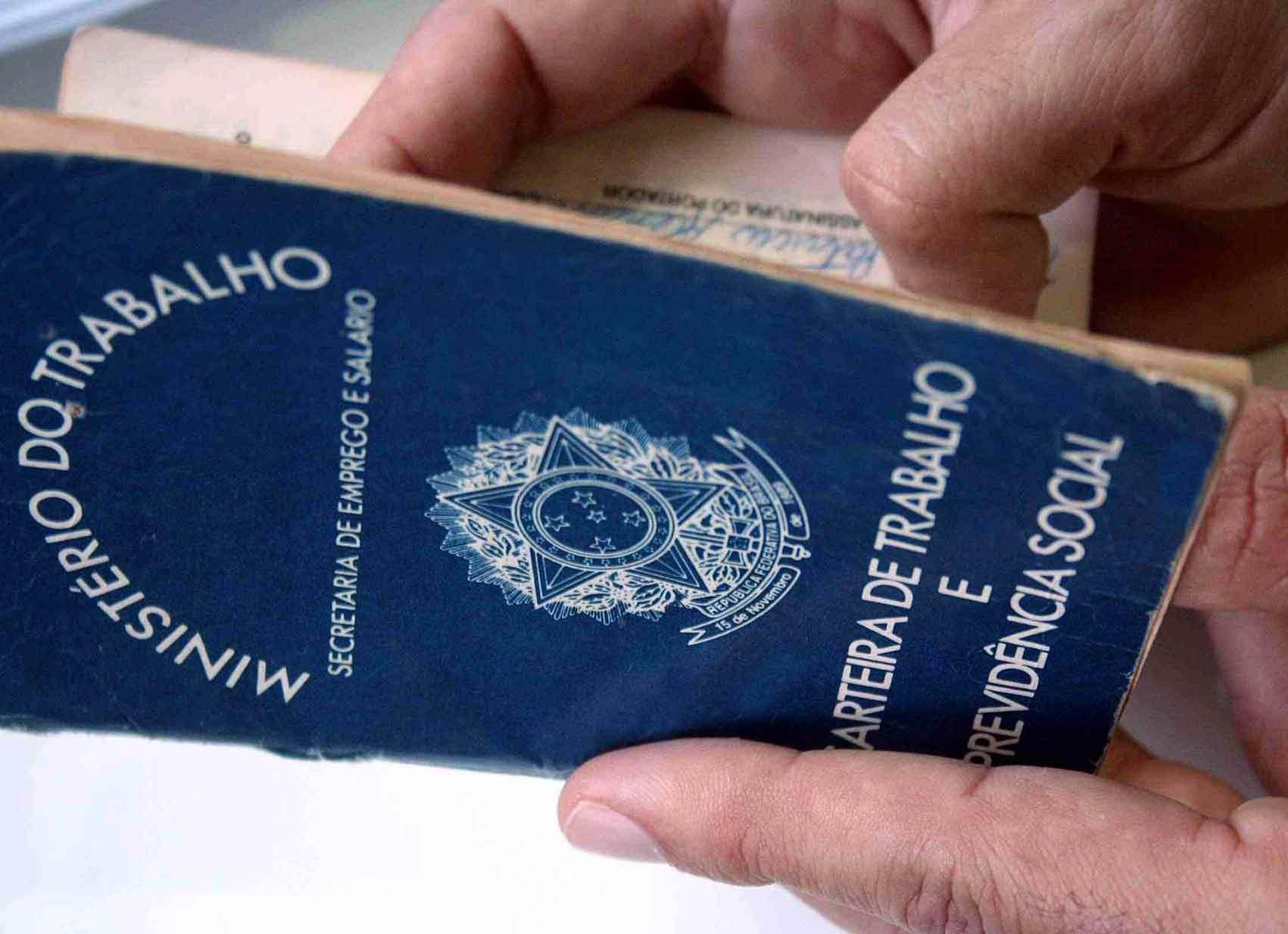 Com saldo de 43.820 vagas, Brasil tem quarto mês positivo seguido no Caged