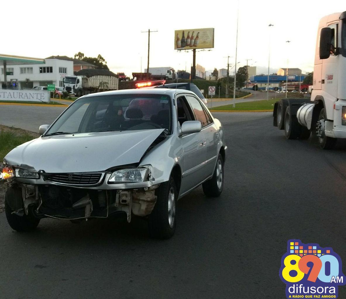 Acidente na BR-470 em Garibaldi deixa uma pessoa ferida