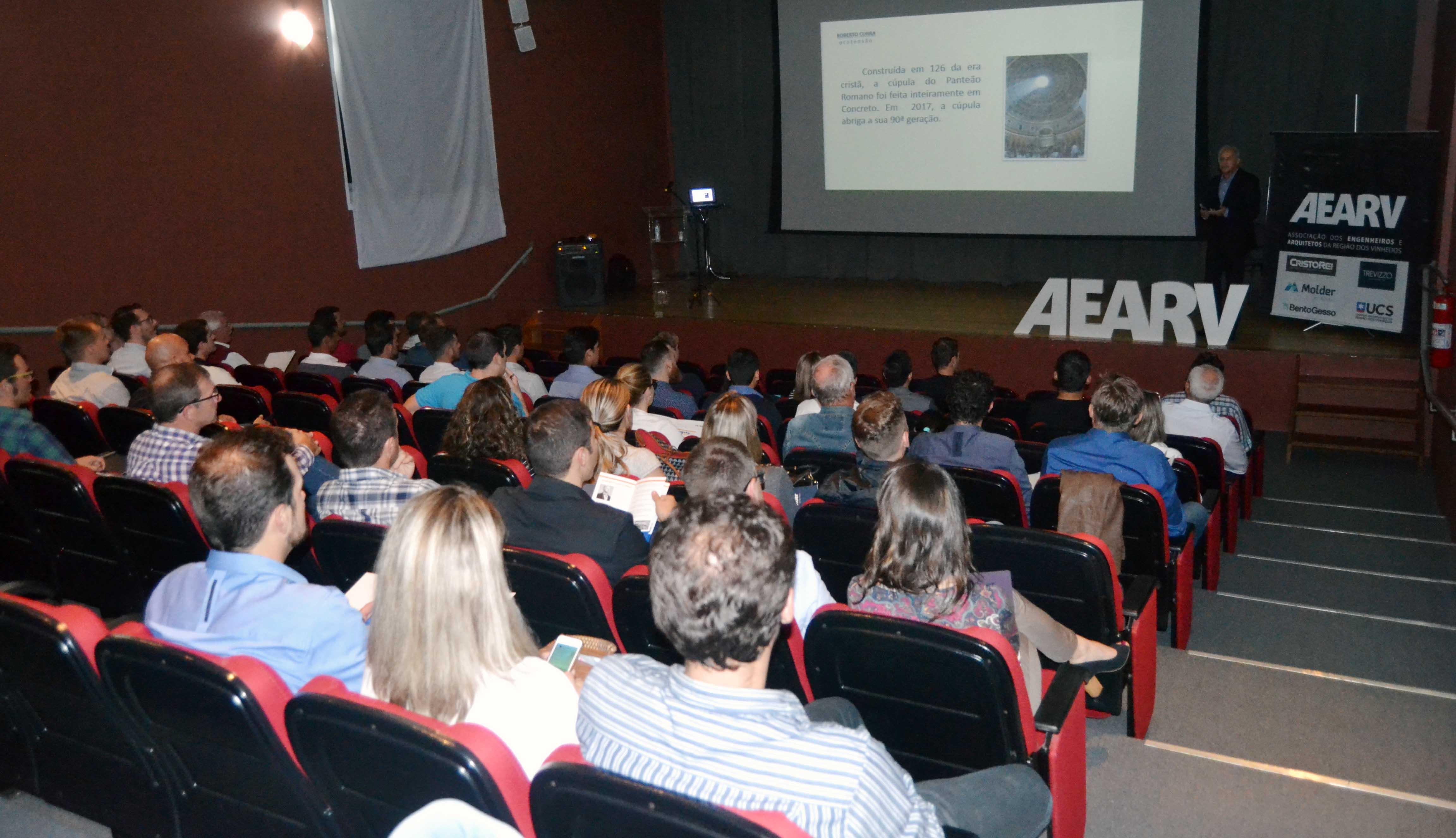 AEARV reúne engenheiros e arquitetos em encontro de atualização profissional