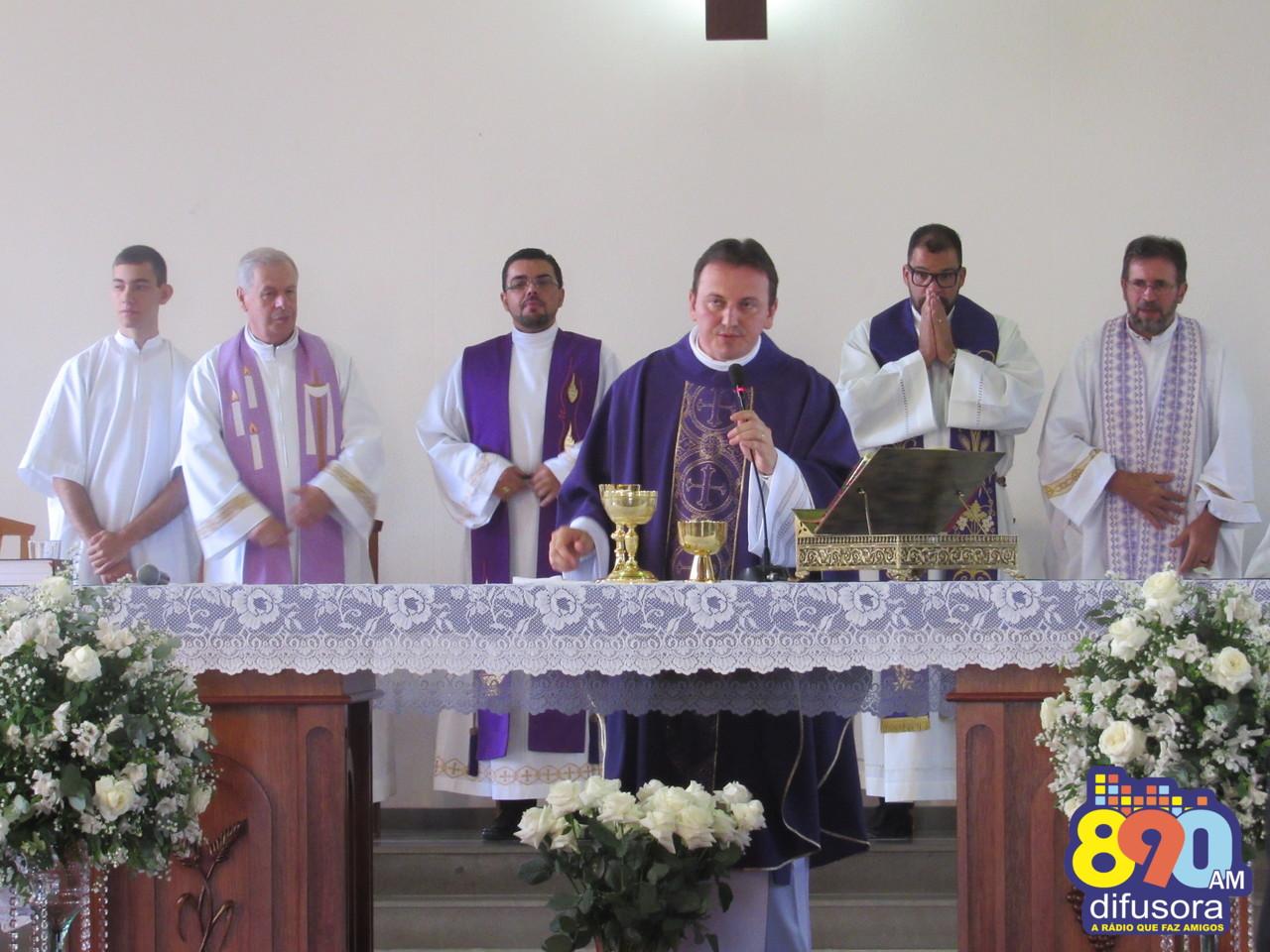 Padre Ezequiel Dal Pozzo comemora dez anos de sacerdócio