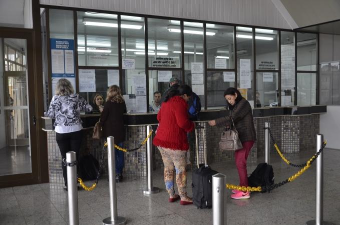 Linhas de ônibus são disponibilizadas do aeroporto Salgado Filho para Bento