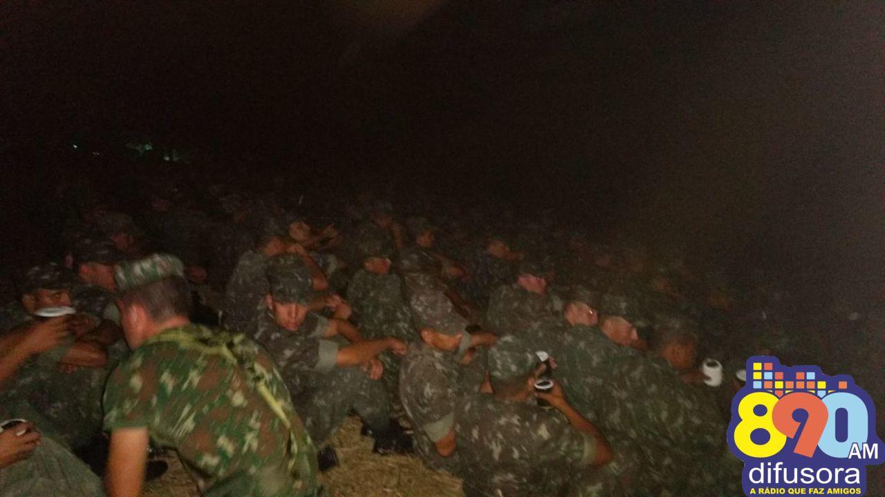 6ºBCOM realiza instrução noturna com soldados em Bento