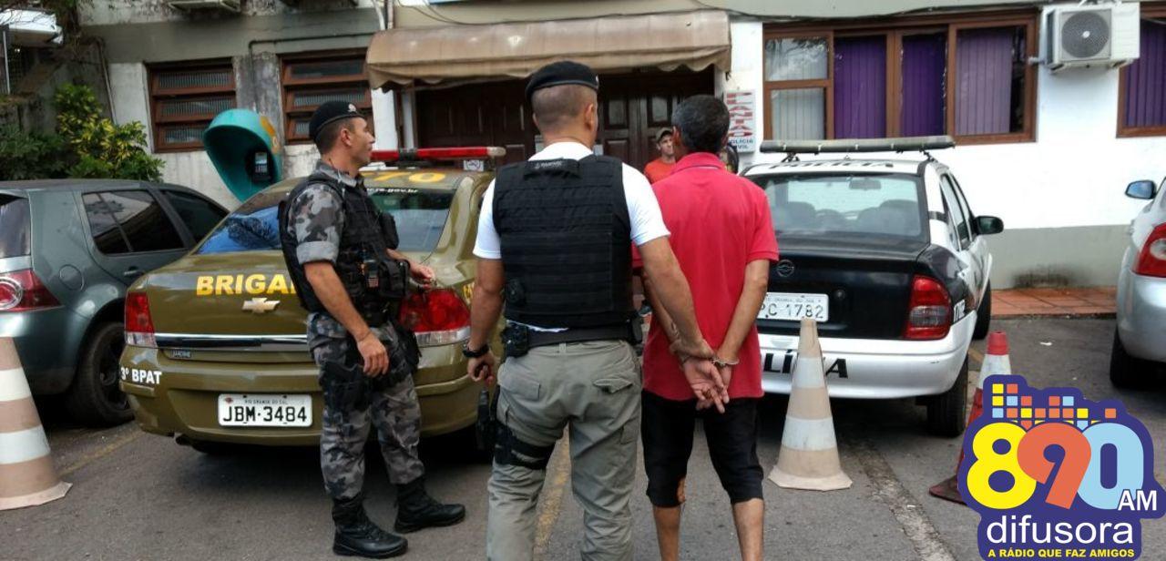 Homem preso após furtar furadeira em construção em Bento