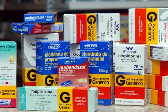 Preços de remédios podem subir até 4,76%