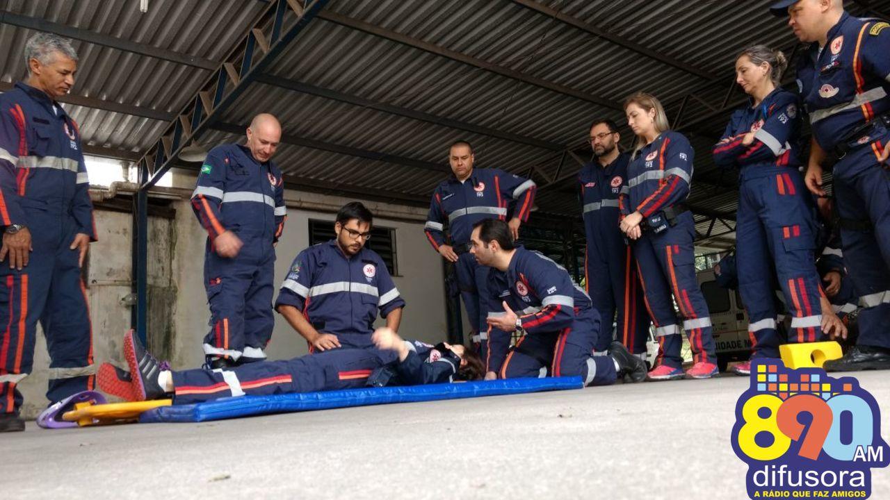 Samu de Bento realiza treinamento prático entre equipes