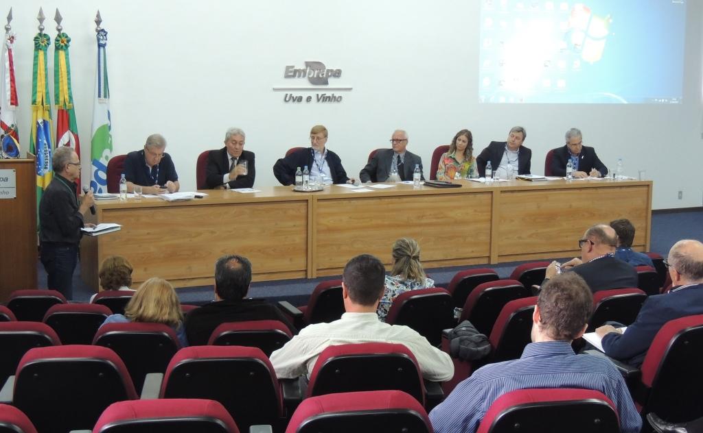 Setor solicita mais agilidade na fiscalização e implantação de cadastros vitícola e vinícola nacionais