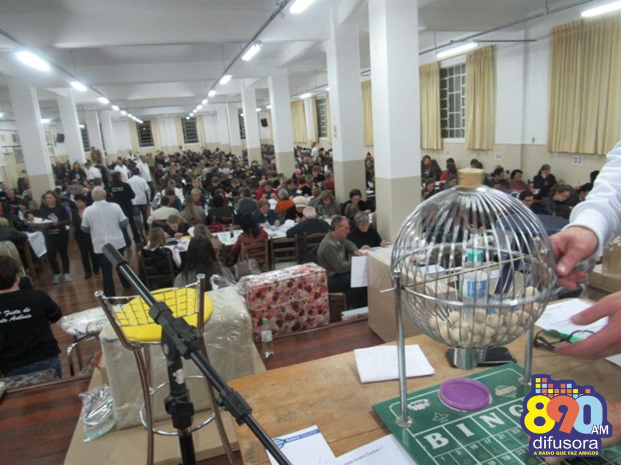 Bingo de Santo Antônio reúne cerca de 700 pessoas em Bento