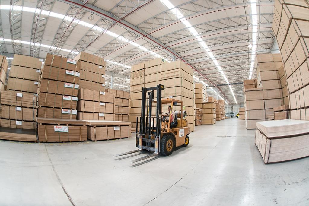Exportações do setor moveleiro voltam a crescer em julho