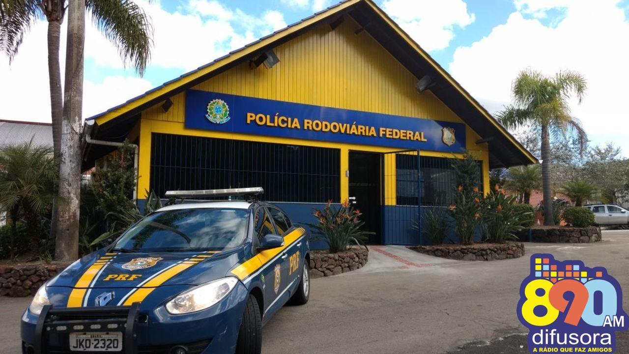 PRF atende ocorrências de acidentes na BR-470 em Barão e Carlos Barbosa