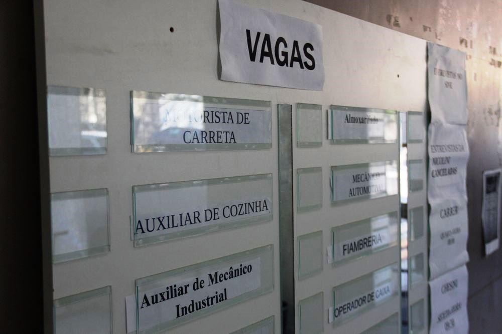 Agências FGTAS/Sine oferecem cerca de 4,3 mil vagas de emprego no RS