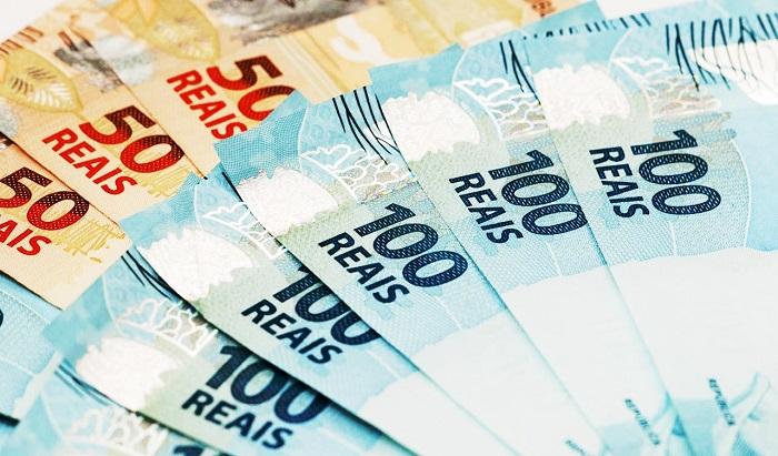Beneficiários do Bolsa Família devem ser os primeiros a receber auxílio de R$600