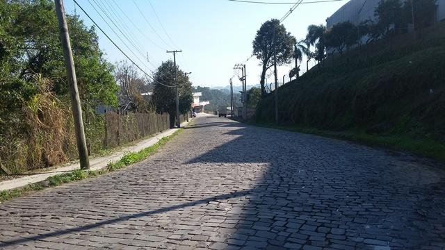 Asfaltamento na avenida São Roque, em Bento, pode iniciar na segunda-feira