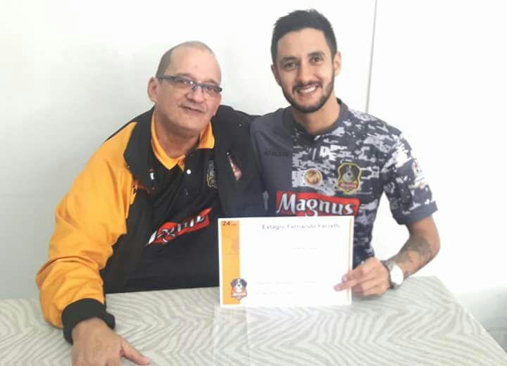 Técnico do São Bento Futsal faz estágio com ex-técnico da seleção brasileira