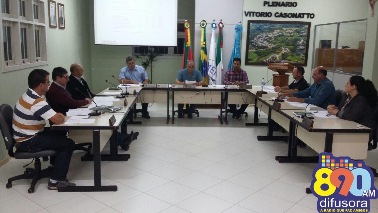 Vereadores de Monte Belo devem votar cinco projetos nesta terça