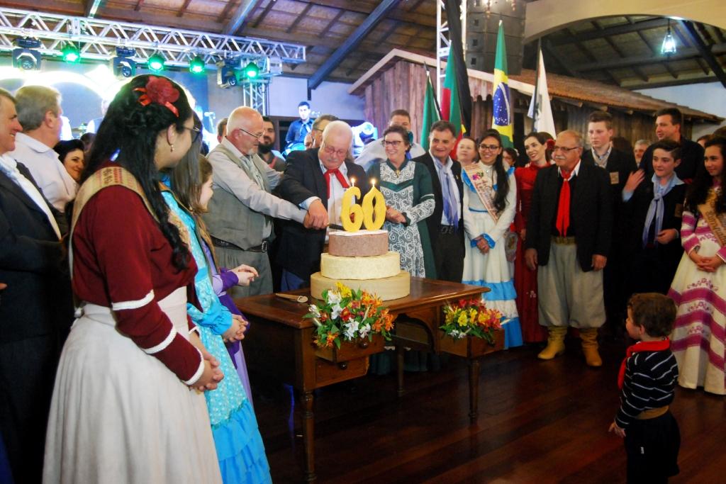CTG Laço Velho celebra Bodas de Diamante