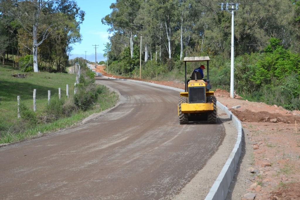 Cotiporã supera crise e investe em pavimentações, como a estrada da Bento