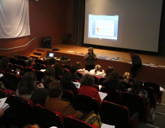 Prêmio de boas práticas à incentivo a leitura é apresentado as escolas de Bento