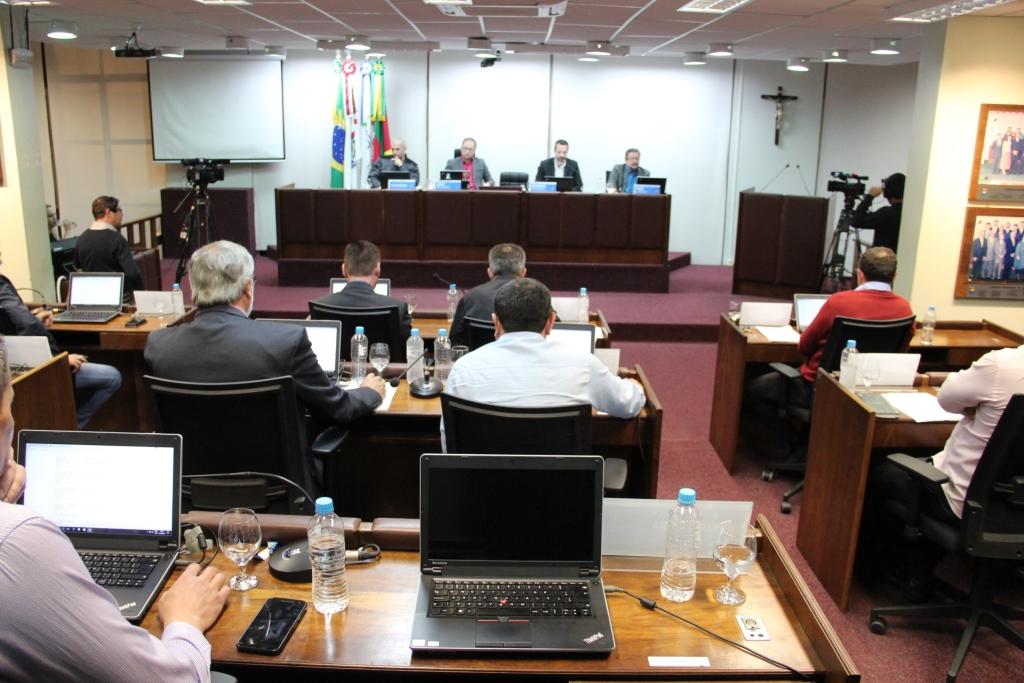 Câmara vota três projetos nesta segunda em Bento