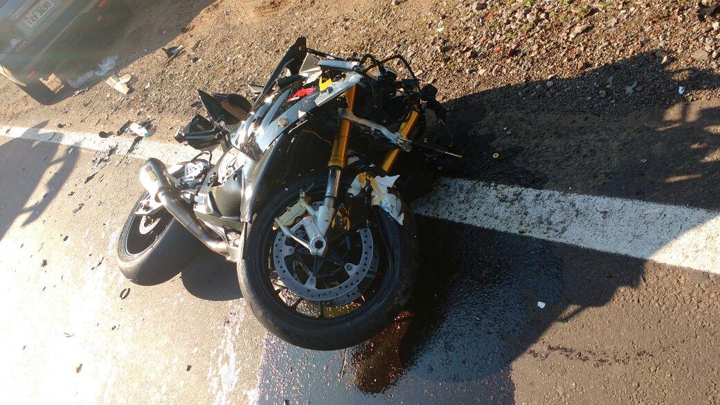 Motociclista fica gravemente ferido em acidente na ERS-446 em Carlos Barbosa