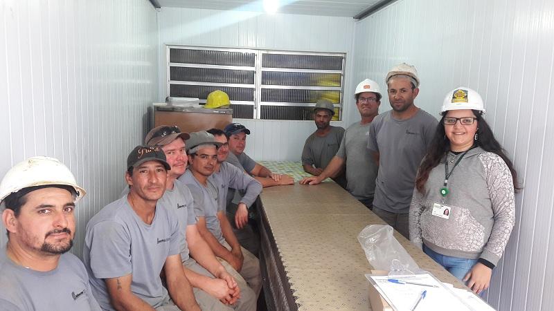 Saúde bucal chega a 12 canteiros de obras em Bento