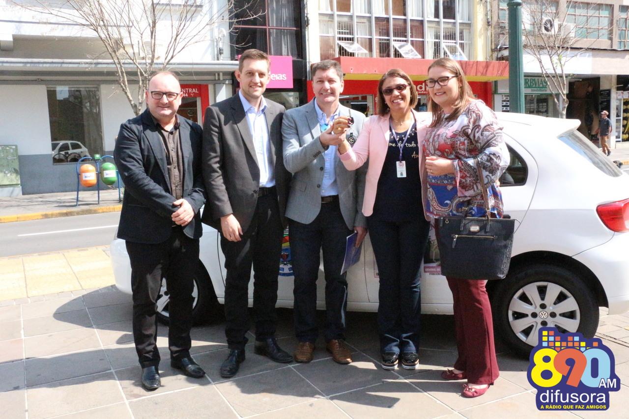 Ato entrega novo veículo para projeto de Central de Práticas Restaurativas em Bento