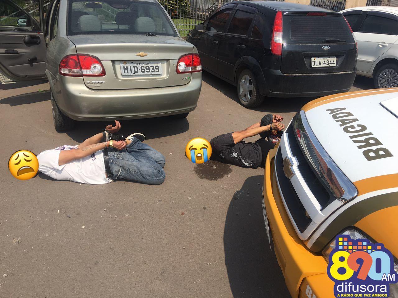 Bandidos cometem assalto em Bento e são presos após perseguição