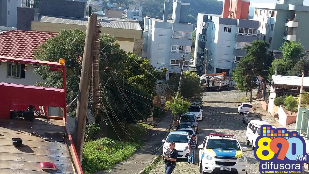 Caminhão desgovernado causa acidente no Borgo em Bento
