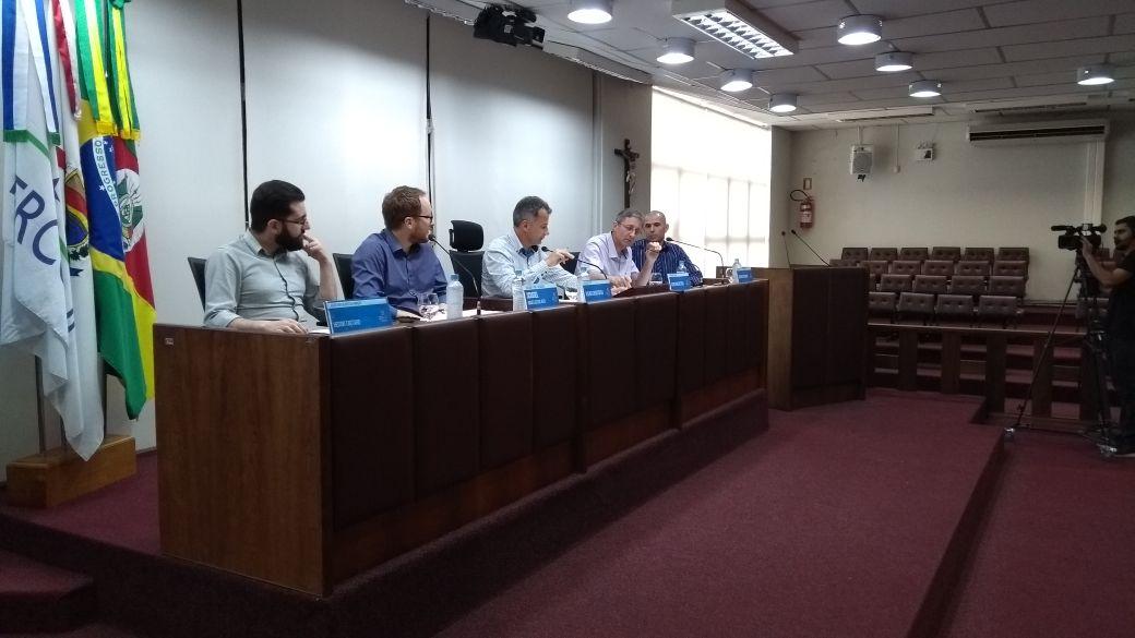 Câmara e Executivo prestam contas em audiência pública em Bento