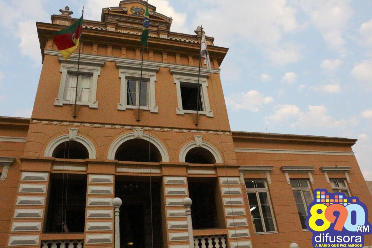 Prefeitura e Câmara de Bento com ponto facultativo, tem feriadão de finados