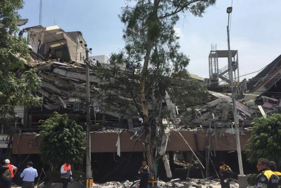 Número de mortos no terremoto de terça-feira no México sobe para 318