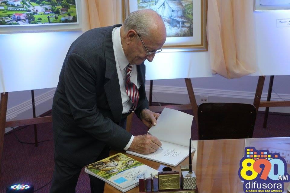 Morre o empresário Moysés Michelon, aos 83 anos, 1º presidente da Fenavinho