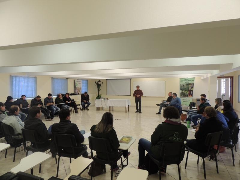 Juventude do meio rural se reúne para discutir o futuro da agricultura