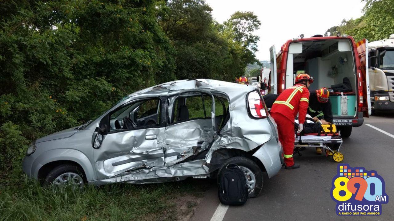 Homem fica levemente ferido em acidente na BR-470 em Garibaldi