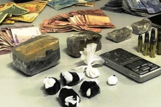 Homens são presos em flagrante por tráfico de drogas em Caxias do Sul