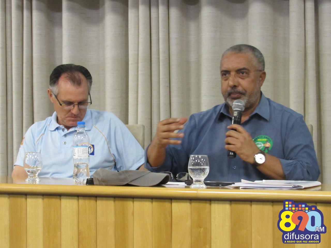Sitracom-BG recebe senador Paulo Paim em palestra na sede da entidade