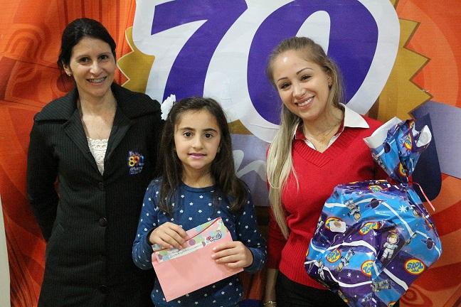 Rádio Difusora premia sorteados da promoção Criança Feliz
