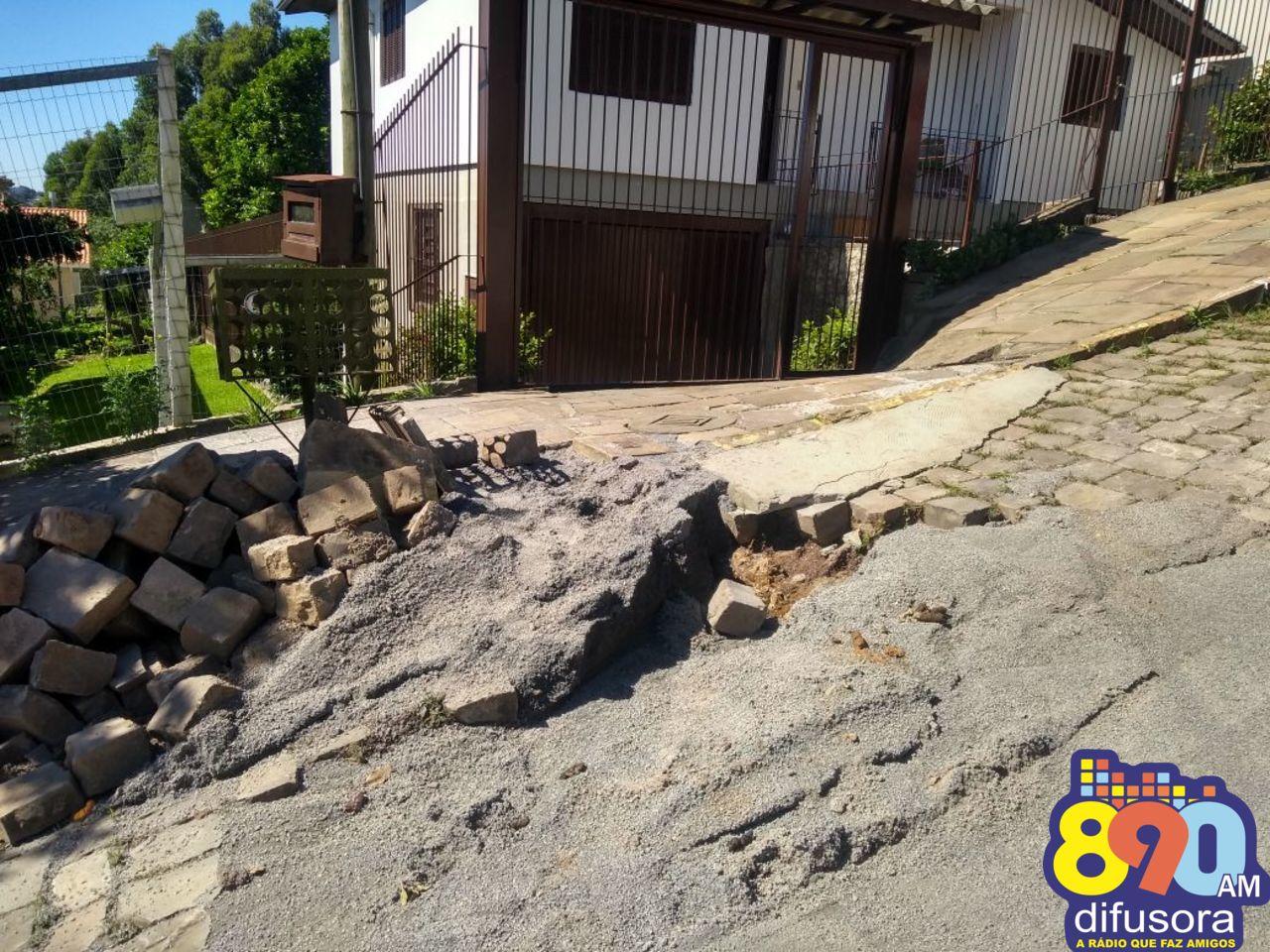 Moradores reivindicam melhorias em vias no Santo Antão em Bento