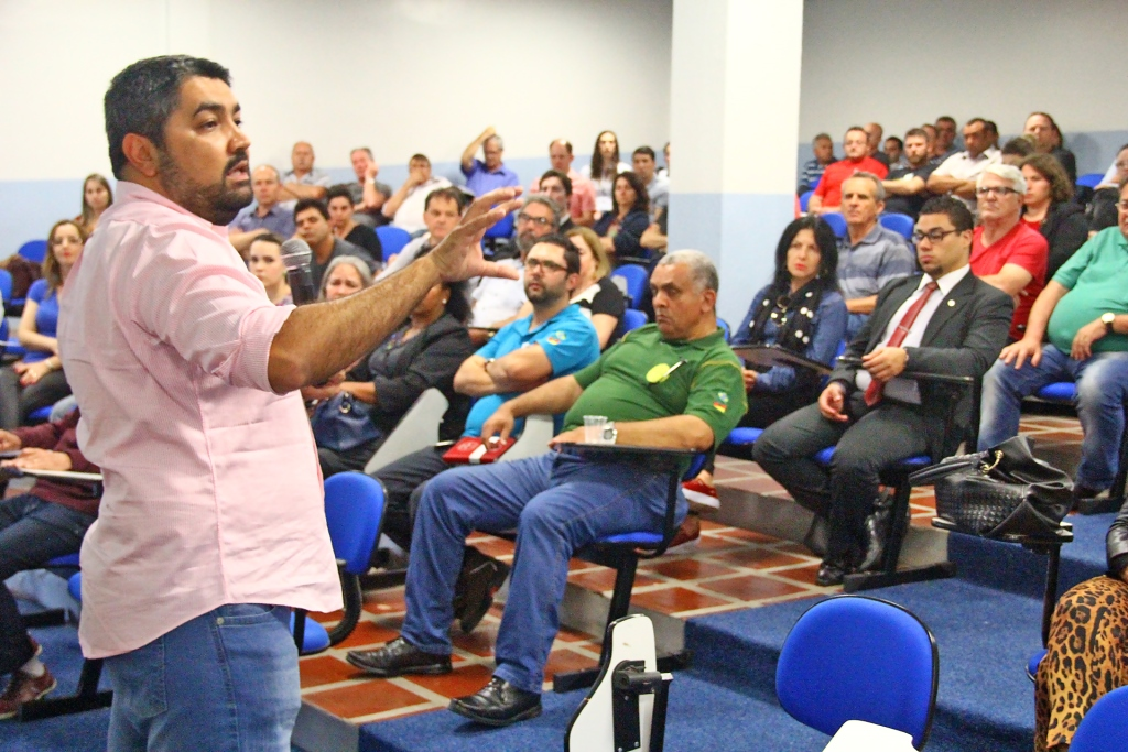 Especialistas abordam a Reforma Trabalhista em evento no Sitracom/BG
