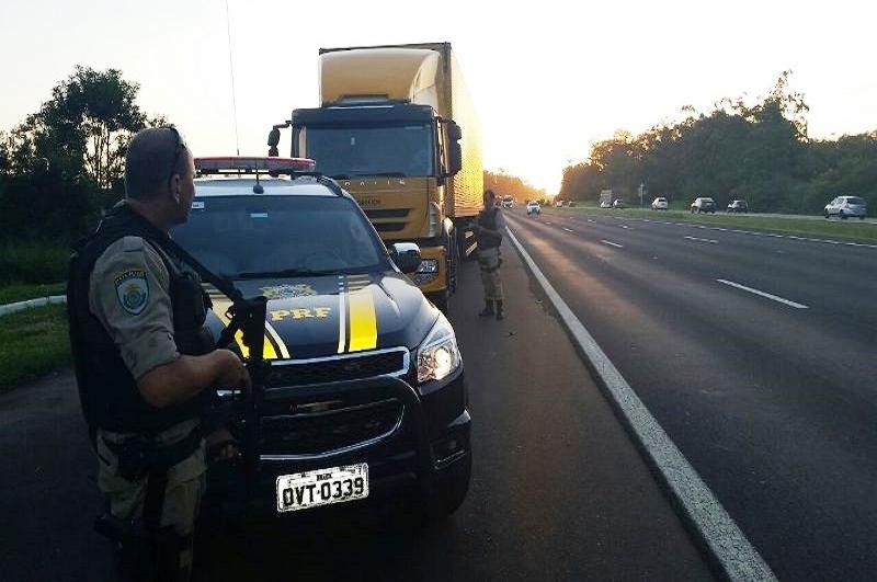 Viagem Segura de Nossa Senhora Aparecida fiscaliza mais de 28 mil veículos