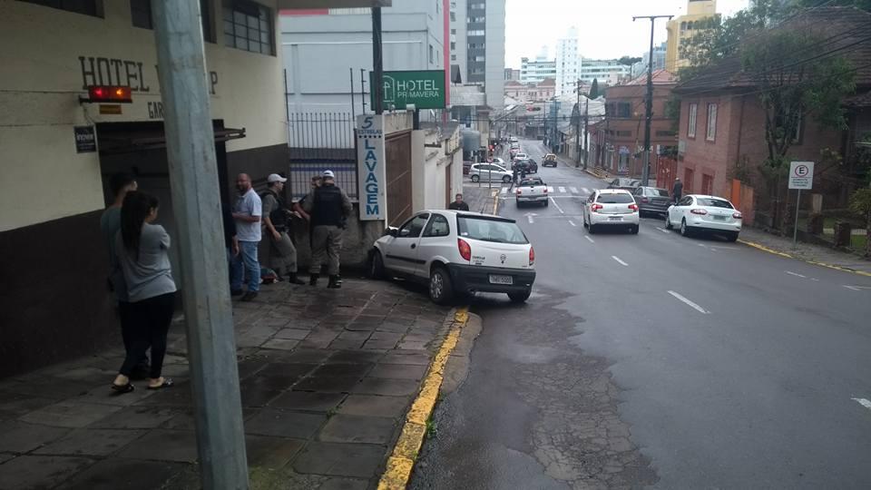 Criança fica ferida em acidente no Centro de Bento Gonçalves