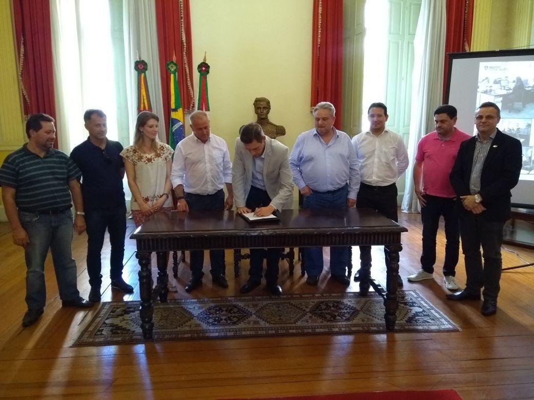 Prefeitura lança PMI para construção de usina de tratamento de resíduos em Bento