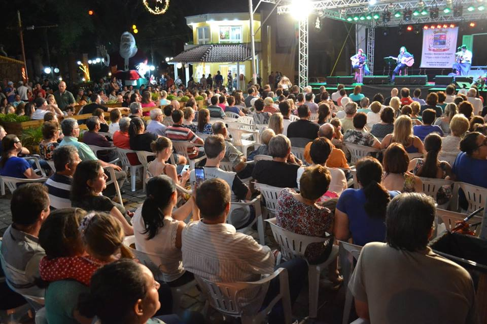 Segundo final de semana do Natal In Vêneto encerra com João Chagas Leite em Cotiporã