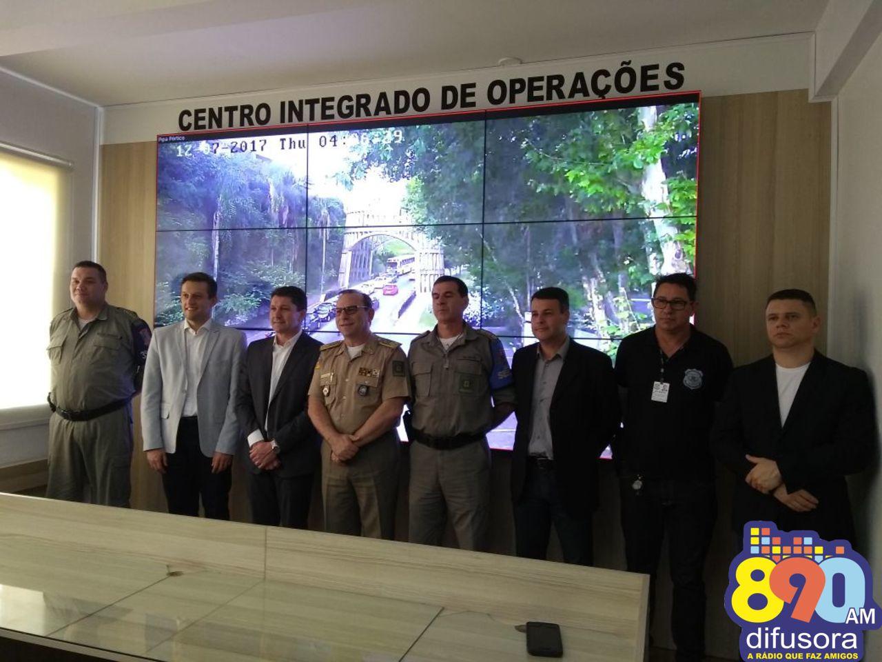 Consepro entrega nova sala de comando e controle para a Brigada em Bento