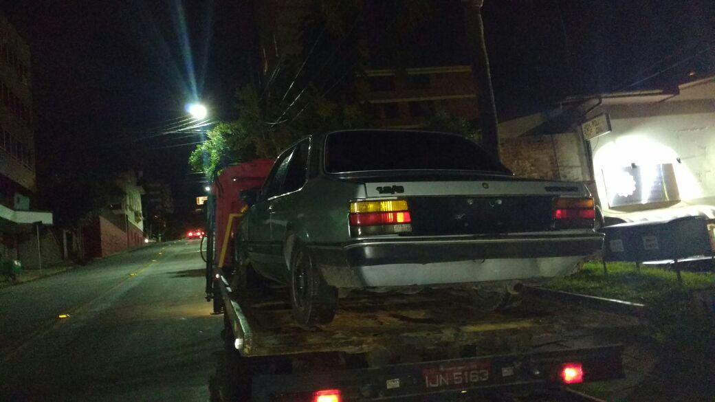 Brigada localiza carro furtado em Bento