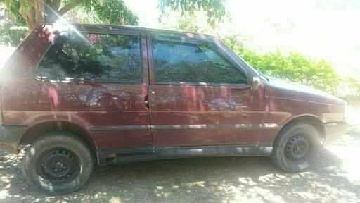 Veículo é furtado no Zatt em Bento