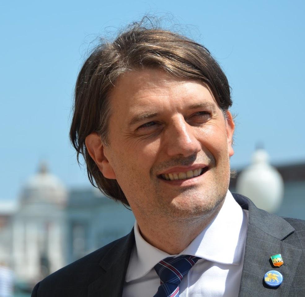 Luis Molossi, de Nova Bassano, é candidato a vaga na Câmara de Deputados da Itália