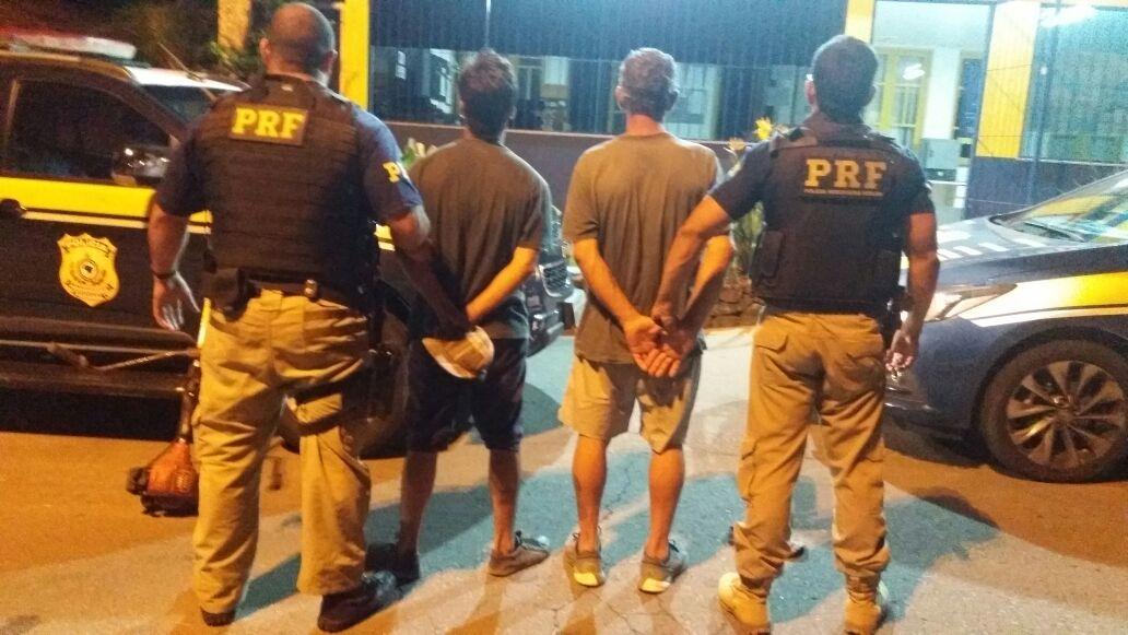 PRF prende dois por furto em Bento