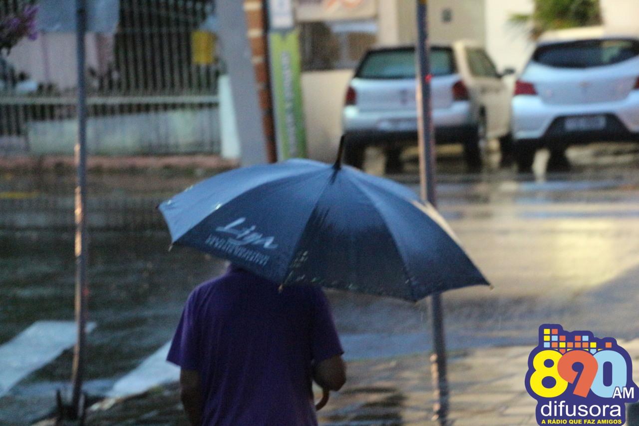 Rio Grande do Sul terá temperaturas amenas e pancadas de chuva nos próximos dias