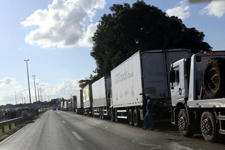 Caixa oferece condições especiais de crédito para caminhoneiros